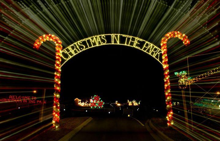 elizabethtowns christmas in the park